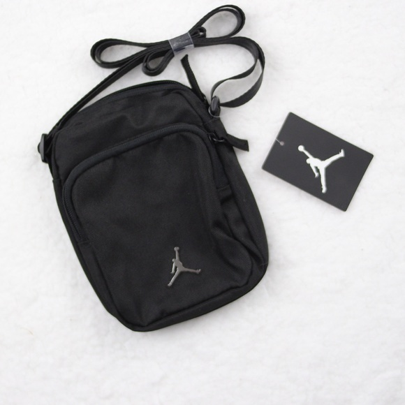 1 Left Jordan Event Cross body Festival Jumpman 530418a7a9ca1